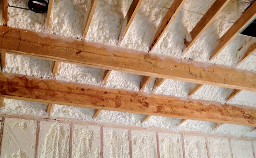 blown in insulation vs batt insulation barrier